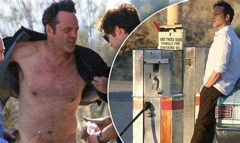 vince vaughn shows vince vaughn shows off his muscular physique in desert