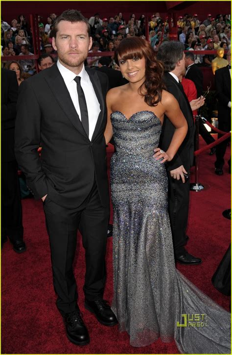 sam worthington oscar sam worthington oscars 2010 red carpet photo 2433362