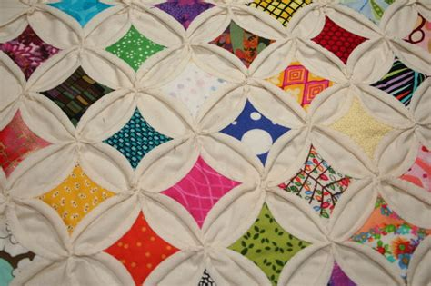 Cathedral Window Patchwork Tutorial - amazing quilts