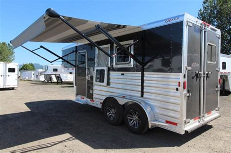 awning for horse trailer 2017 exiss escape 7204 electric awning lower divider