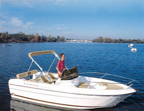 Photos De B2 Marine Cap Ferret 552 Open Swing Images
