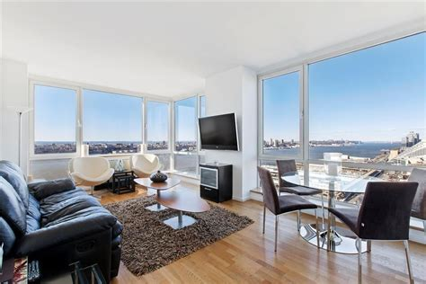 NYC real estate: What under $1 million can buy in
