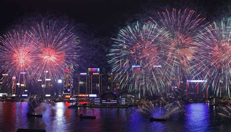 new year hong kong fireworks new year s luxury travel packages purentonline