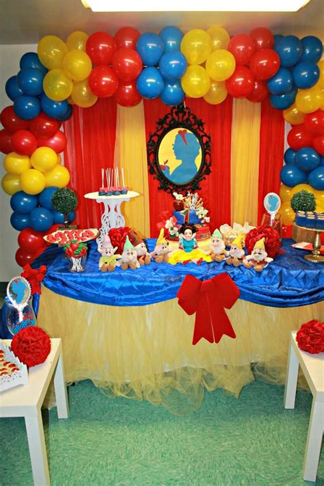 Snow White Decorations by Snow White Birthday Ideas Photo 3 Of 14 Catch