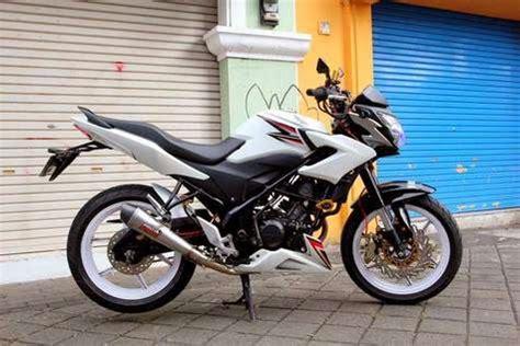 Harga Pipet Jari Jari Honda modifikasi honda cbr 150r velg jari jari dan streetfighter
