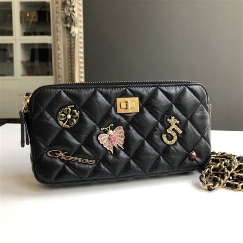 Hiltons Chanel Clutch Purses Designer Handbags And Reviews by Chanel Clutch On Chain Charms 17p