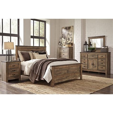 Rustic Bedroom Furniture Sets King by Rustic Casual Contemporary 6 King Bedroom Set