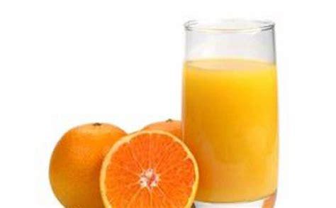 minum jeruk peras hangat tidak bermanfaat  sebabnya