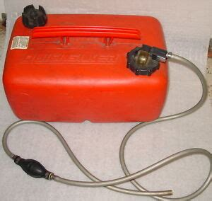 boat gas tank with hose quicksilver 6 6 gallon marine boat gas tank can w gauge hose