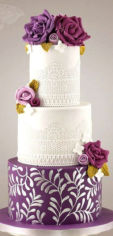 Beautiful Wedding Cakes Pictures by Beautiful Bridal Purple And White Wedding Cakes