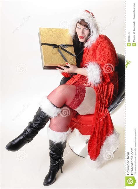 weihnachtsfrau mit paket royalty  stock image image
