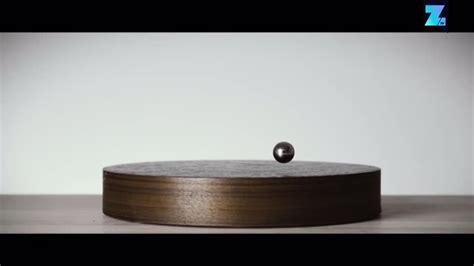 flyte kickstarter story schwebende metallkugel als moderner zeitmesser