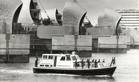 thames barrier breach secret documents reveal government planned to flood kent