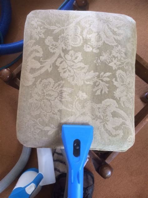 are you looking for upholstery cleaning leicestershire