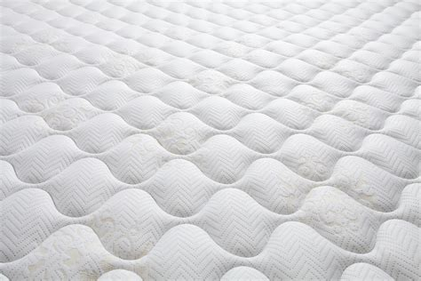backlash  cutting mattress tag sit