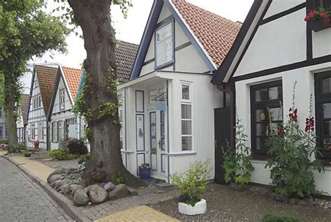 Warnem 252 Nde Ferienwohnung Haus Alexandrine Rostock