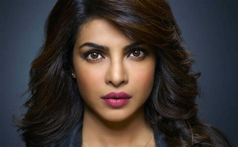 quantico italia film streaming quantico tutti amano priyanka chopra ecco perch 233