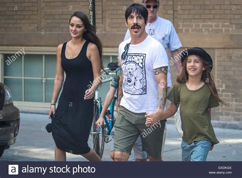 anthony kiedis goes apartment shopping with his son everly