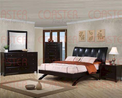 coaster phoenix bedroom set coaster phoenix arc style queen bedroom set co 300356 set