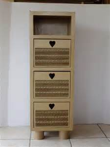 schrank aus pappe 10 genius diy cardboard furniture projects get inspired