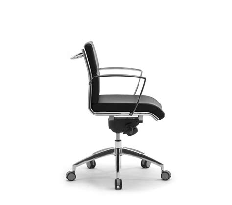 poltrone per studio poltrona e sedia direzionale da ufficio sedute