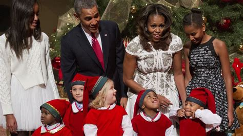 merry christmas obama and family hawaii welcome to gractom s merry from president barack obama and family see their