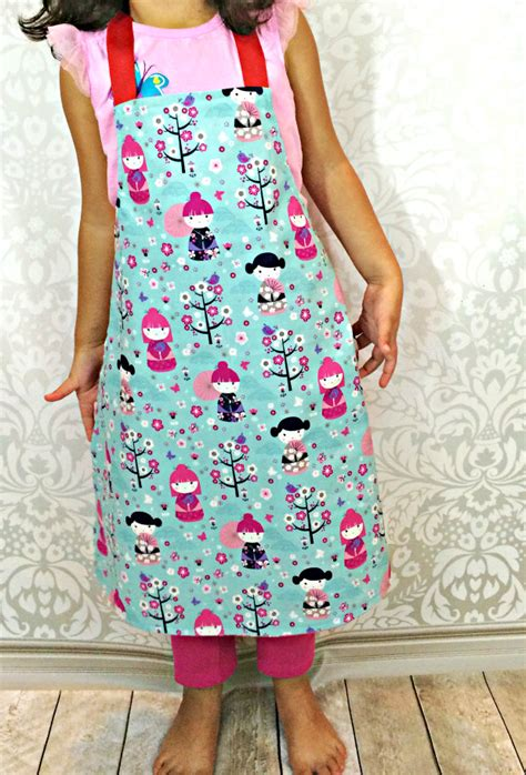 sewing pattern for reversible apron sewing for kids reversible toddler apron the stitching