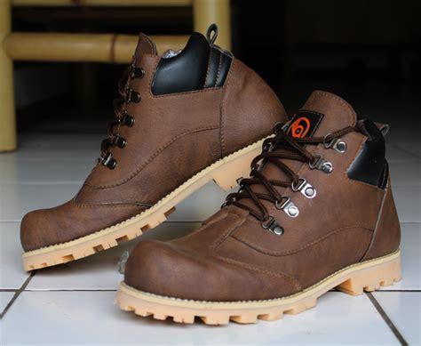 Sepatu Cat Wakai jual sepatu boots caterpillar adabos zinc 2017