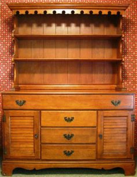 ethan allen hutch early american solid maple and birch ethan allen hutch early american solid maple and birch
