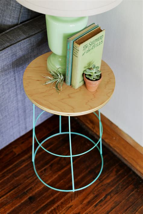 diy tomato cage side table