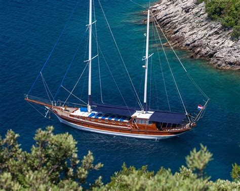 catamaran sailing dubrovnik a yacht charter dubrovnik my best yachting vacations