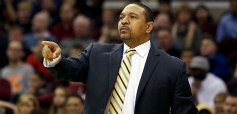 mark jackson guard nba hoops card sharp eyed sports fan spotted convicted killers lyle and