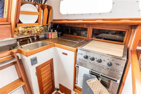 sailboat kitchen living on a sailboat or in an apartment pairfum london