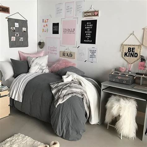 best room accessories 25 best ideas about dorm room on pinterest dorms decor