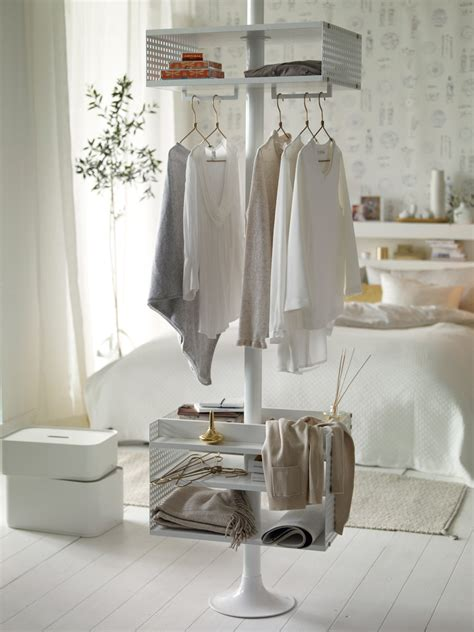 white and gold bedroom ideas chic gold and white bedroom design digsdigs