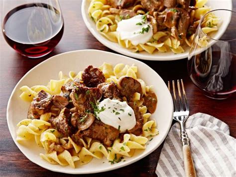 tyler florence recipes beef stroganoff over buttered noodles recipe tyler