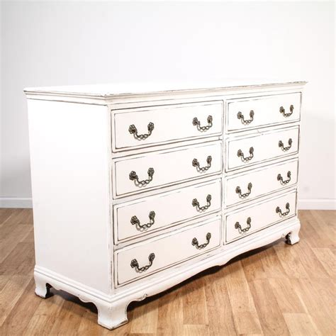 Chic Dressers by 25 Best Ideas About Dresser On