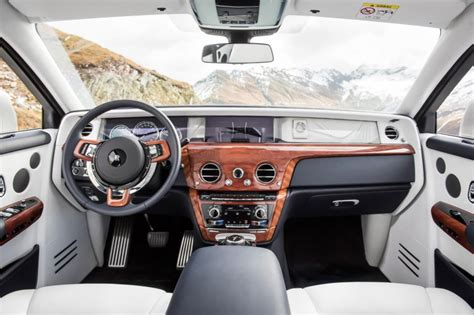 roll royce interior 2017 rolls royce phantom pictures auto express
