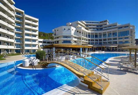 best hotel 16 best hotels in greece the 2018 guide