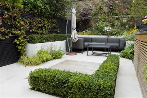 Outdoor Room In Sloane Square Chelsea With Gloster Small Home Garden Design