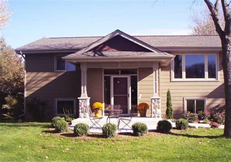 split level front porch designs split foyer porch trgn 639a64bf2521