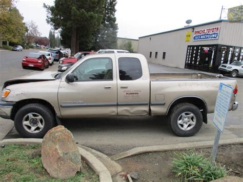 Rancho Toyota Recycling 2002 Toyota Tundra Gold 4 7l At 4wd Xtra Cab Z15107
