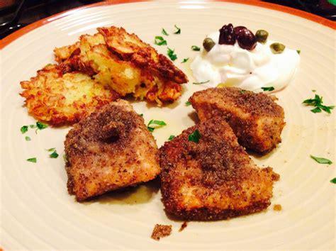 cucinare i tranci di salmone tranci di salmone al gratin con crespelle di patate e