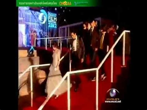 so ji sub red carpet han hyo joo and so ji sub hua hin film 2012 red carpet