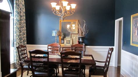 beatrice banks dining room in blue
