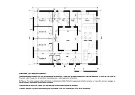 plan maison patio central plan de maison 4 chambres avec patio