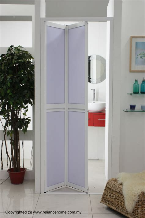 how to spell bathroom in french bathroom sliding door for families with kids and elderly