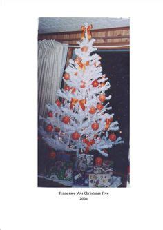 tabletop tn volunteer christmas tree 1000 images about a ut on tennessee volunteers tennessee and