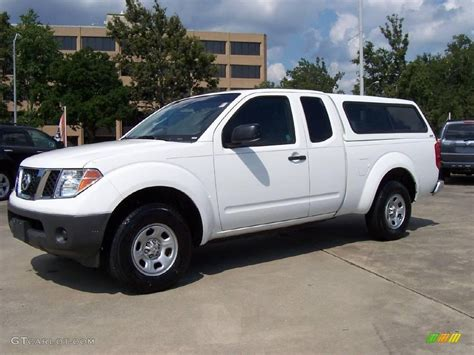 white nissan frontier 2006 avalanche white nissan frontier xe king cab 15719486