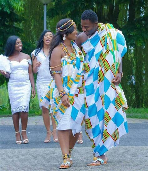 Wedding Attire For Couples by Beautiful Couples Traditional Wedding Attire 2